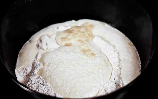 Дрожжевое тесто для пирожков пошаговый рецепт