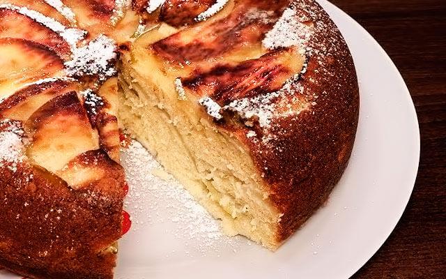 Яблочный десерт в Поларисе